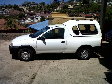 opel corsa bakkie 1 7 diesel for sale with low kms chatsworth bakkies and ldvs junk mail. Black Bedroom Furniture Sets. Home Design Ideas