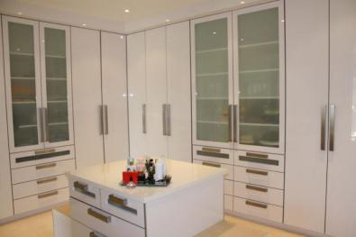 Affordable kitchen unit and build in cupboards kitchen for Kitchen installers gauteng