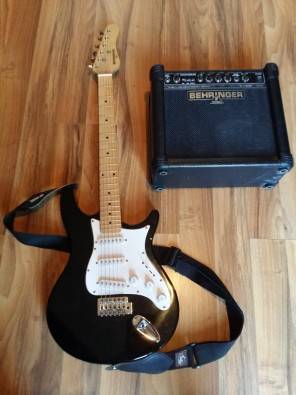electric guitar behringer stratocaster amp pretoria musical instruments junk mail. Black Bedroom Furniture Sets. Home Design Ideas