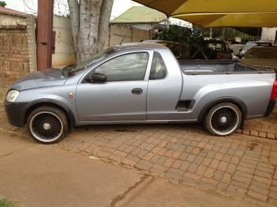 Opel Corsa Utility 2009 model,1.4i, Pretoria West