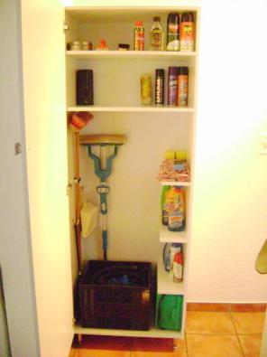 New grocery broom cupboards in randburg randburg for Kitchen cupboards randburg