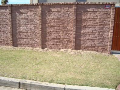 Vibracrete Brick Fence Boundary Wall Specialists