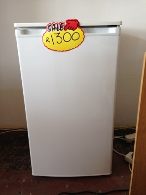 second hand fridges for sale roodepoort fridges and freezers 37227039 junk mail classifieds. Black Bedroom Furniture Sets. Home Design Ideas