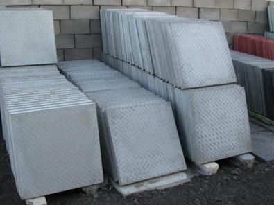 Paving slabs bricks blocks stepping stones kerbs c for Landscaping rocks for sale in pretoria