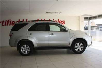 Toyota Fortuner 3.0 D-4D R/B A/T