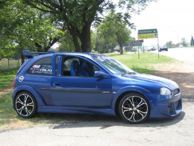 opel corsa with imported 9pc wide arch body kit east rand racing cars 39497139 junk mail. Black Bedroom Furniture Sets. Home Design Ideas