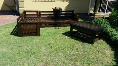 Pallet Wood Garden Or Patio Corner Sets For Sale Garden Furniture 39541709 Junk Mail