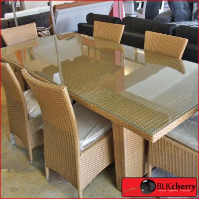 6 seater dining set beige or black r6995 pretoria for Couches and sofas in pretoria