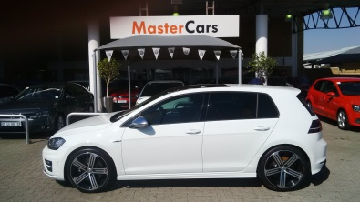 volkswagen golf 7 r line west rand volkswagen. Black Bedroom Furniture Sets. Home Design Ideas