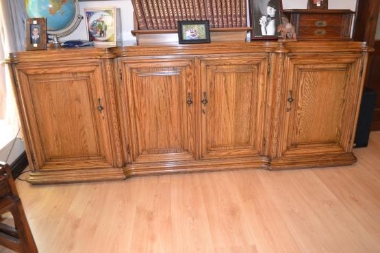 Artecasa solid american oak dining room suite 8 seater for 8 seater dining room suites