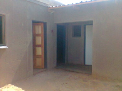 Rooms And Garage To Rent In Soweto