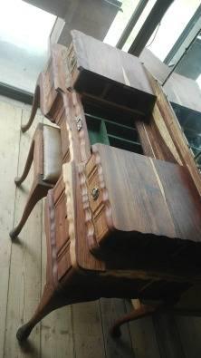 Antieke queen ann spieelkas bloemfontein antique furniture junk mail classifieds 40071997 - Chair antieke ...