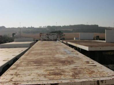 semi trailer flat deck Hendred