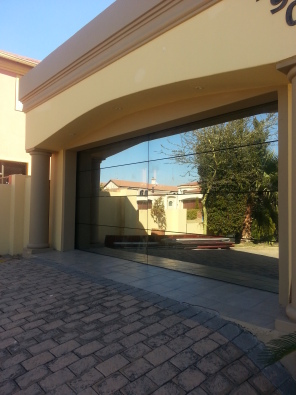 Aluminium Glass Frameless Double Garage Door Centurion