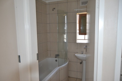 Midrand Village House For Rent In Clayville Midrand