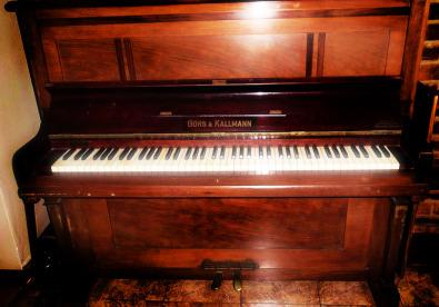 1925 berlin gors kallmann upright piano centurion antique furniture junk mail. Black Bedroom Furniture Sets. Home Design Ideas
