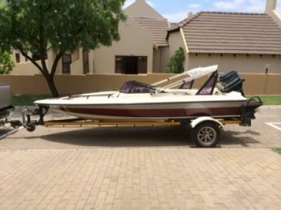 Ski Boat with cover and canopy