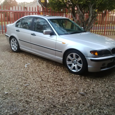 bmw e46 320d 2003 model to sell or swop johannesburg bmw junk mail classifieds 41542295. Black Bedroom Furniture Sets. Home Design Ideas