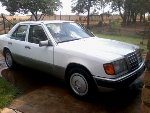 Mercedes benz pretoria north mercedes benz 60907786 for Mercedes benz pretoria