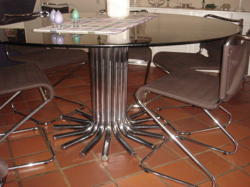 Retro dining table chairs pretoria east diningroom for Dining room tables johannesburg