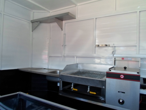 Mobile kitchen trailer pretoria city caravans and for Kitchens pretoria