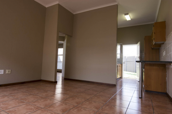 Giney's Place  2 Bedroom town House with garden in The Reeds area in Centurion.