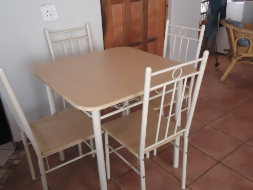 Kitchen Table With 4 Chairs For Sale
