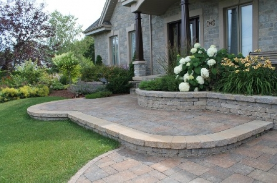 Cobblestoning landscaping retaining walls rock walling for Landscaping rocks for sale johannesburg