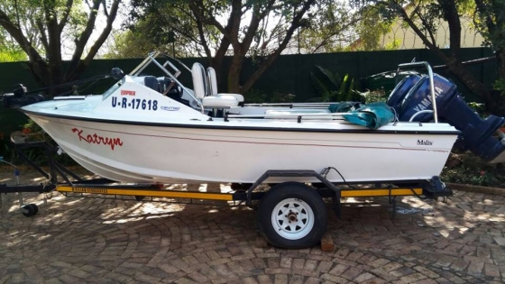 Wahoo fishing ski boat with two 55hp yamaha motors for for Yamaha motor boats for sale