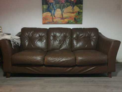 brown leather couches for sale centurion lounge furniture 64206904 junk mail classifieds. Black Bedroom Furniture Sets. Home Design Ideas