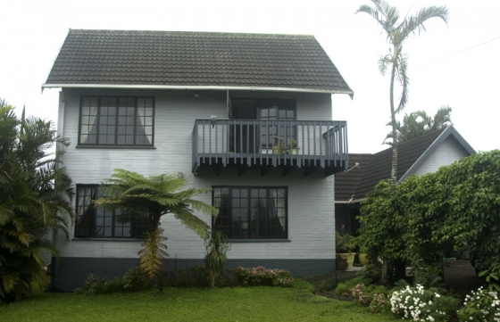 Double story fully furnished house port edward soweto for 5 story house for sale