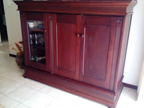 Wetherleys Wall Unit Tv And Display Cabinet Midrand
