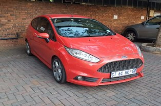 ford fiesta st for sale ford 64714564 junk mail classifieds. Black Bedroom Furniture Sets. Home Design Ideas