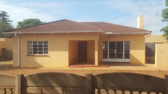 3 Bedroom House For Rent Carletonville