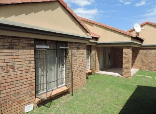 Re Advertised 3 Bed Townhouse In Equestria Estate