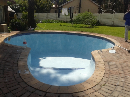 Two Pool Loungers With Matrasses Centurion Pools And Accessories 61299682 Junk Mail