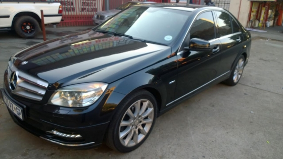 bargain 2011 mercedes benz c180 cgi with sunroof for r