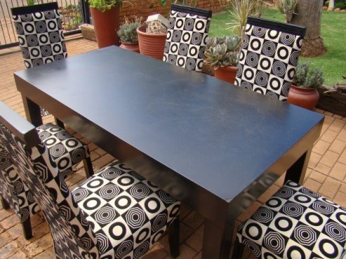 Dining room table with six chairs pretoria east for Dining room tables johannesburg