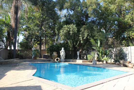 Urgent Sale Beautiful Mansion Give Away Price