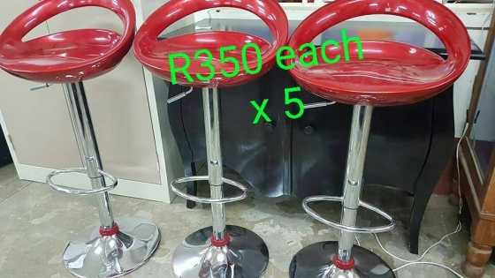 Bar Chairs Roodepoort Bar Furniture 64849702 Junk  : 26f52e60cc652390b5adec9775bb7d9d1753260609e5de842d76e9e5869704c5387e8b9a5f from www.junkmail.co.za size 560 x 315 jpeg 152kB