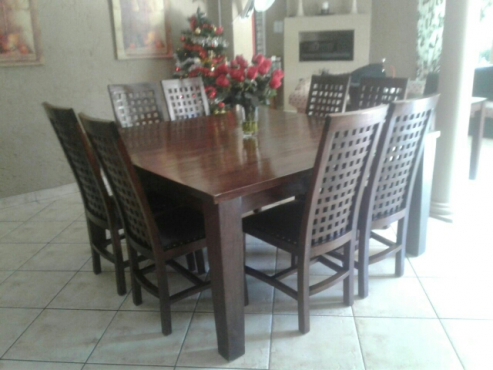 8 seater dinning room table brakpan diningroom for Dining room tables jhb