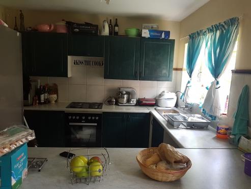 2 bedroom 2 bathroom ground floor garden flat to rent in a security complex centurion for 1 bedroom flat to rent in bath