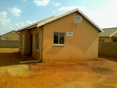 Four Room House To Rent In Soweto