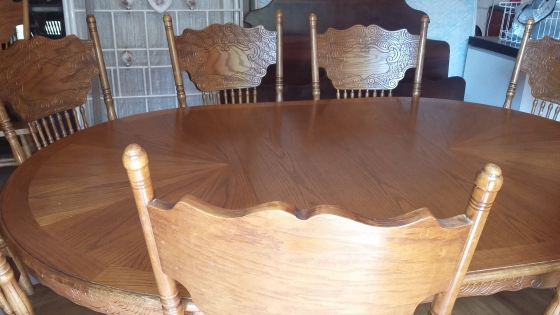 Old oak 8 seater dining room table and chairs for Dining room tables johannesburg