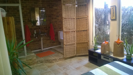 Gay Friendly Bedroom With Bathroom In A House To Rent Suitable For Single Whaite Male Benoni