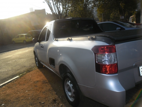 2015 model chevrolet utility bakkie 1 4 used cars for sale in johannesburg central bakkies. Black Bedroom Furniture Sets. Home Design Ideas