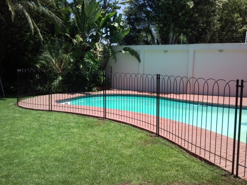 Swimming pool fencing georder engineering south rand other building and diy 61981720 for How to build a swimming pool fence