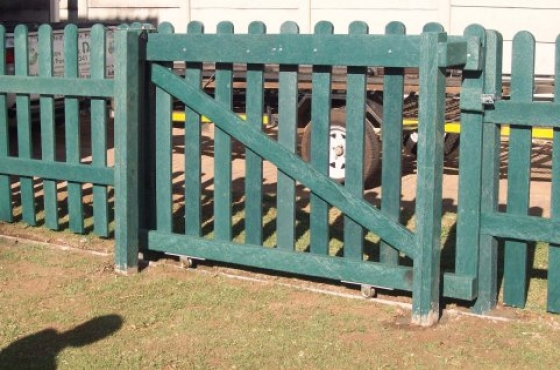 Plastic Garden Edging Cape Town : Picket fencing and garden edging pretoria east appliances