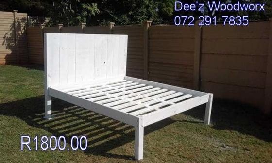 pine en pallet stained double bed bedroom furniture 62492864 junk mail classifieds. Black Bedroom Furniture Sets. Home Design Ideas