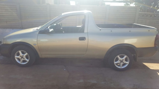 2002 opel corsa 1 7 diesel bakkie for sale bakkies and ldvs 62976176 junk mail classifieds. Black Bedroom Furniture Sets. Home Design Ideas